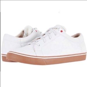 ❤️New Men's Ugg Brock white leather sneakers 9.5